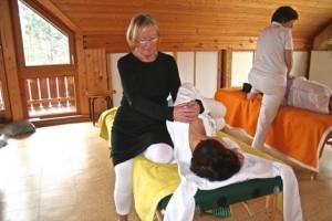 shendo-shiatsu-massage-IMG_4685-small